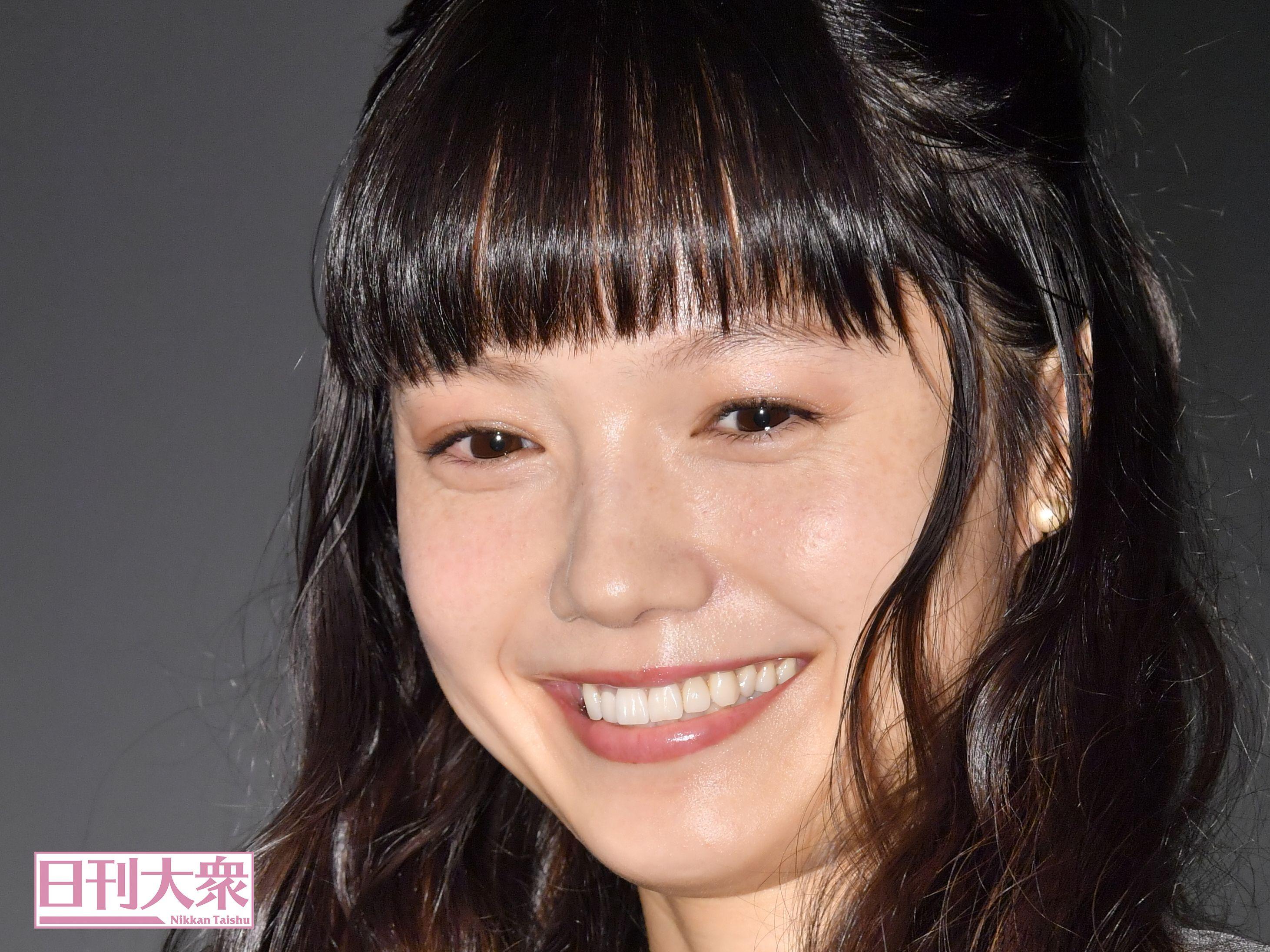 女性の顔ドアップ [無断転載禁止]©bbspink.comYouTube動画>1本 ->画像>551枚