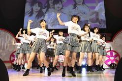 AKB48史上初の平日4公演開催、新メンバーもお披露目!【写真26枚】