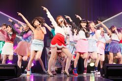 HKT48指原莉乃「ミニスカ美脚姿」を7周年公演で披露【写真30枚】