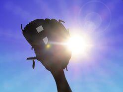 ZOZOTOWN前澤友作社長「プロ野球参入」に立ちはだかるナベツネの壁