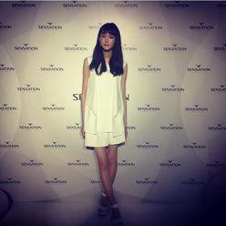 桐谷美玲の純白ショートパンツ姿が「キュートすぎ」と大好評
