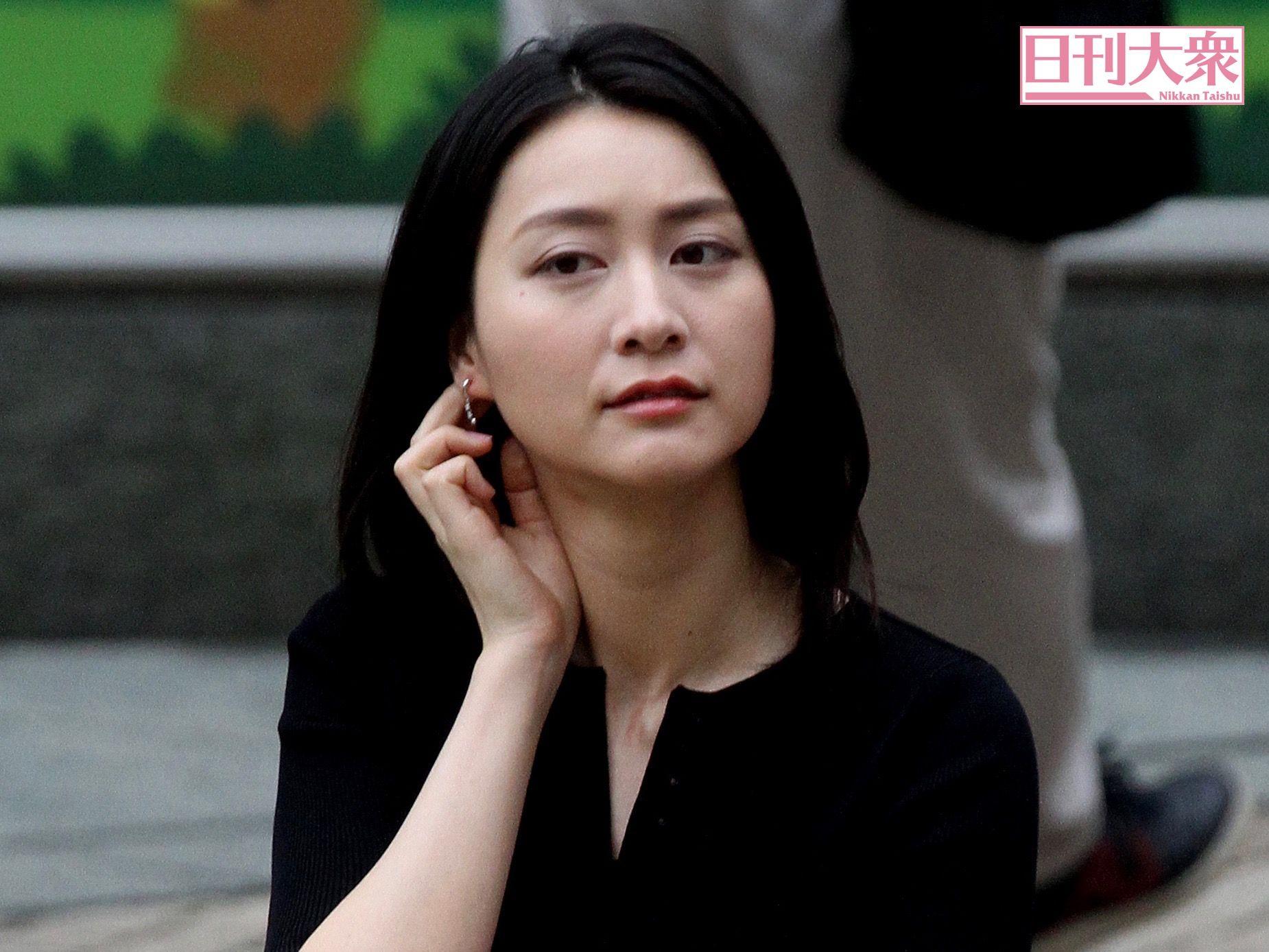 離婚 小川 彩佳