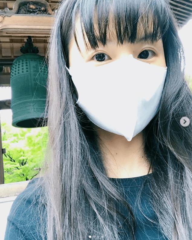 小西真奈美、すっぴん&マスクの小顔ショットに驚愕! | 日刊大衆
