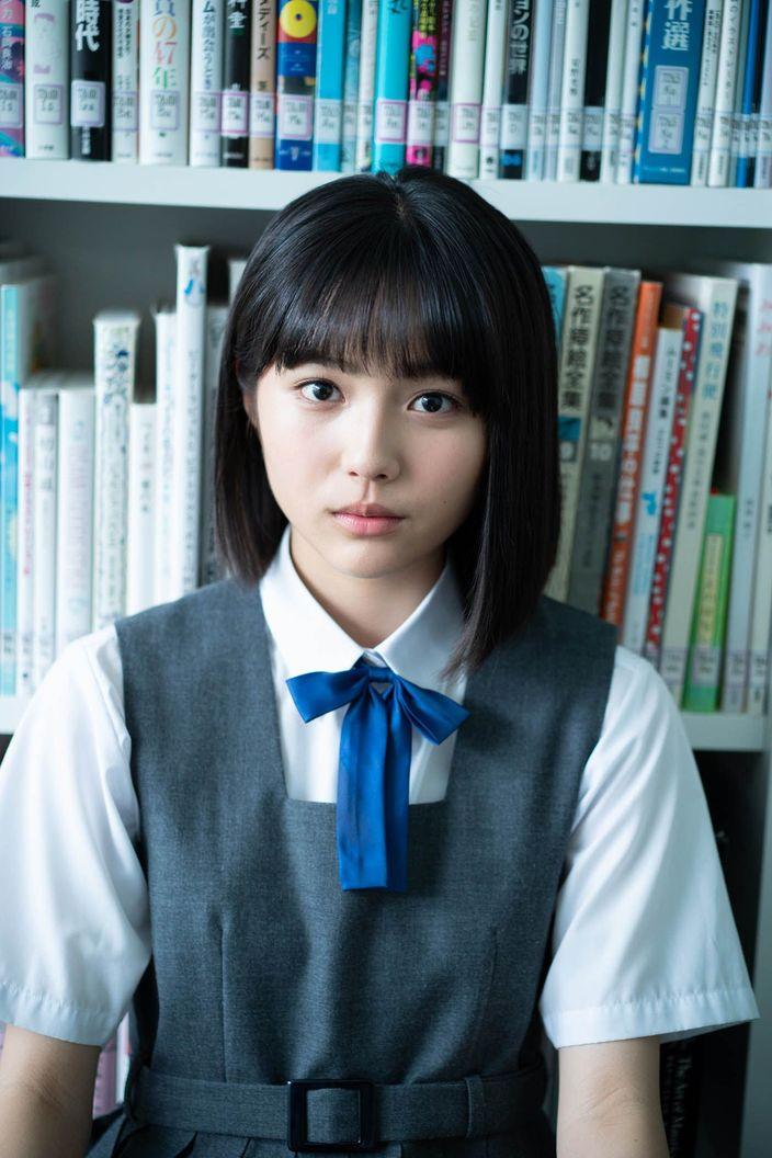 秋田汐梨「話題の美少女」15歳のキラメキが満載!【写真5枚】