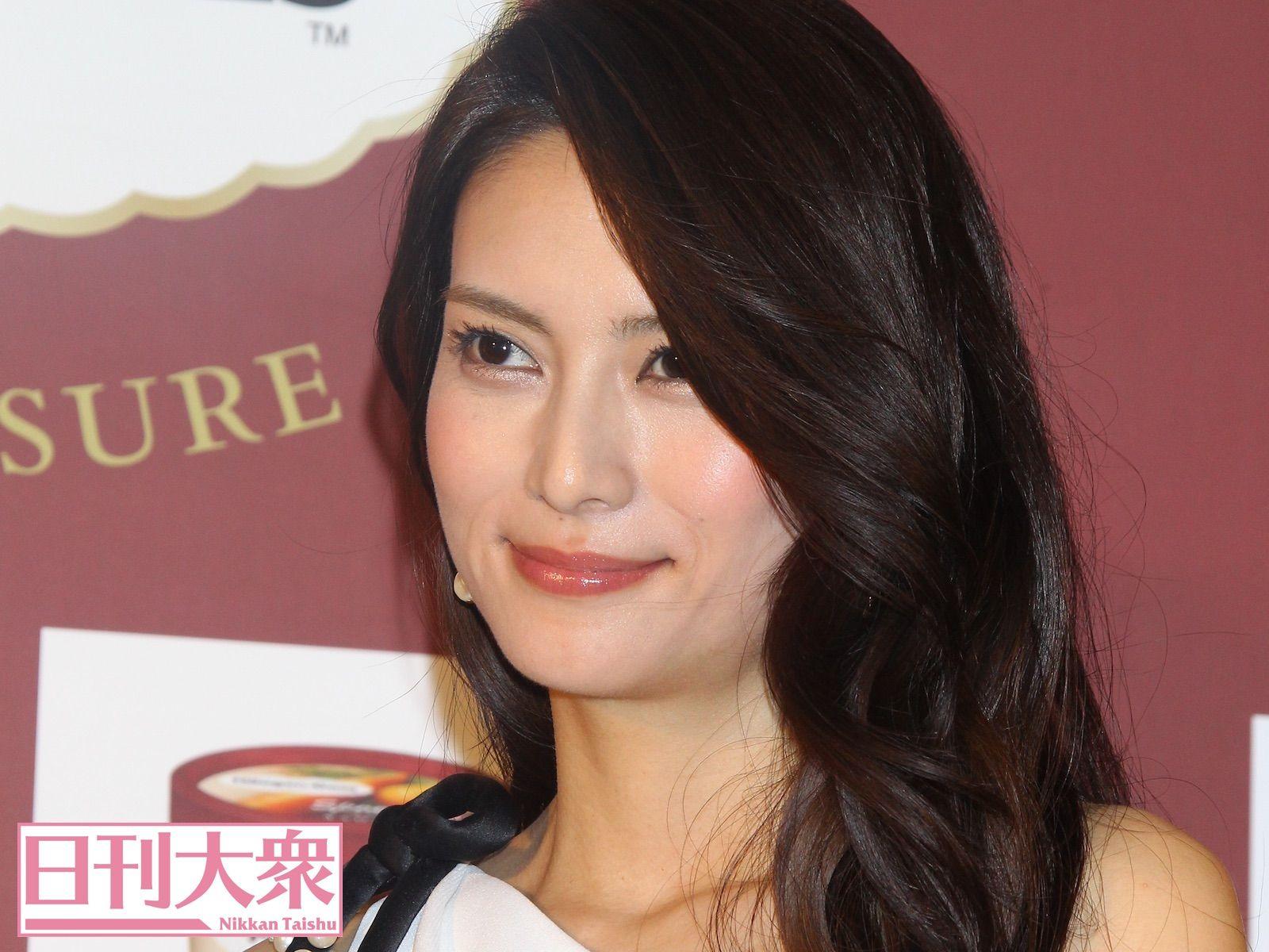 柴咲コウ 女優復帰 の深 いウラ事情 日刊大衆